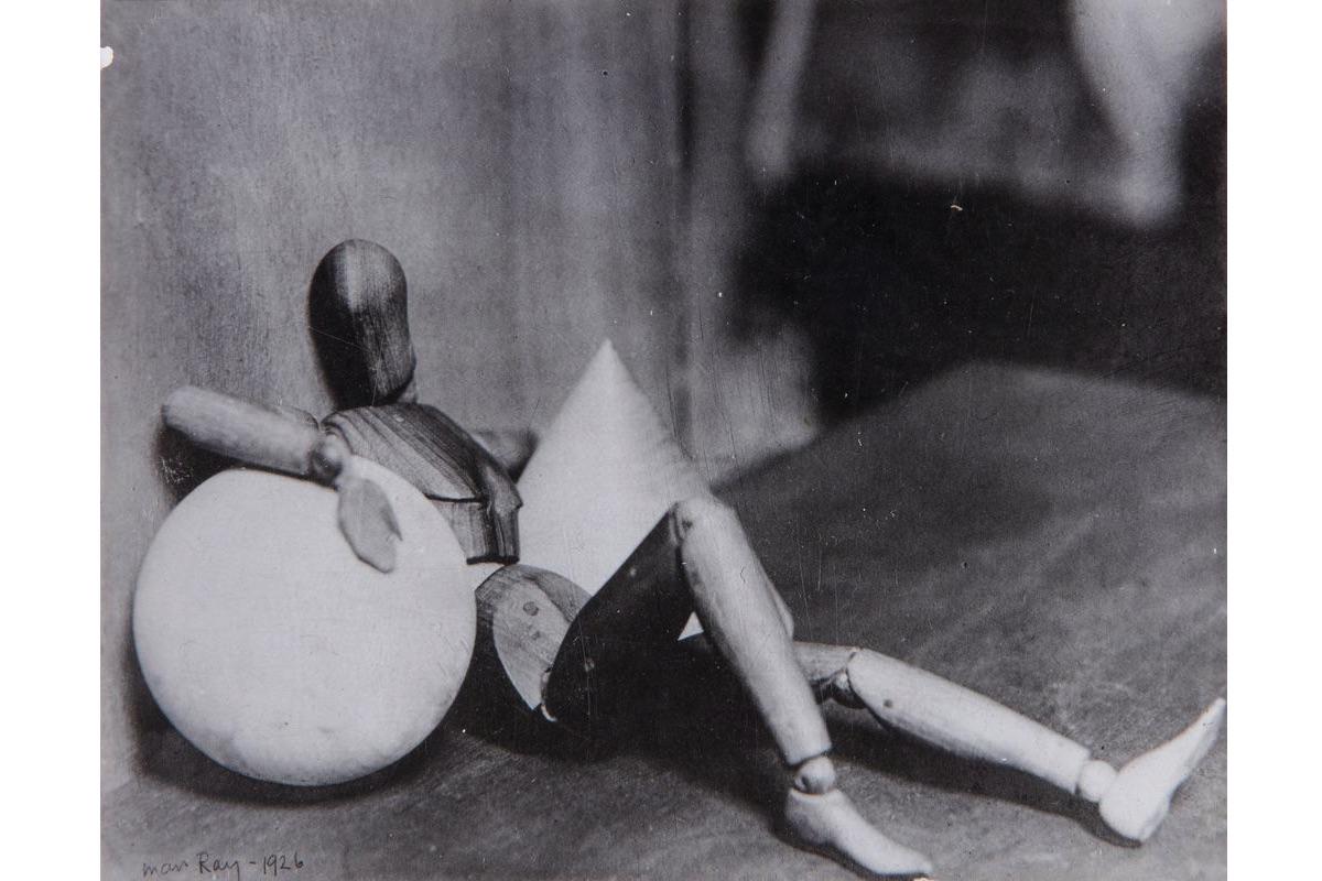 Man Ray - Exposition Man Ray, l'oeuvre photographique à la Bibliothèque nationale de France.