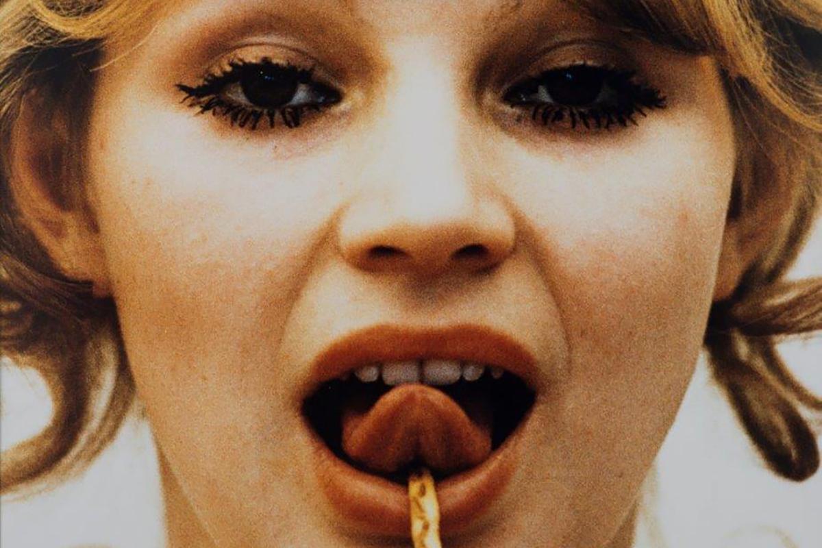 NataliaLl - Consumer Art, 1974