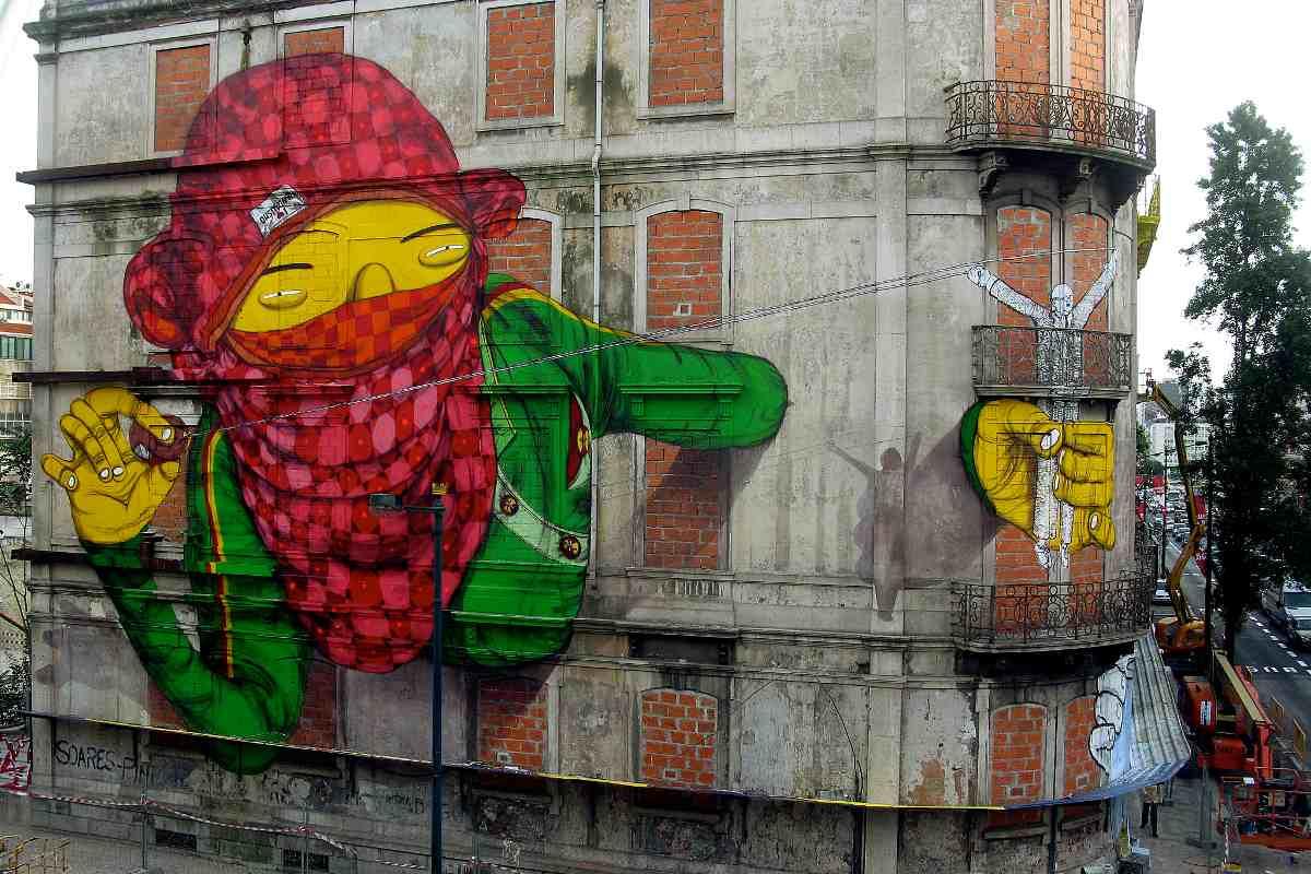 Os Gemeos - Untitled piece in Sao Paolo - Image via juliadubdotcom