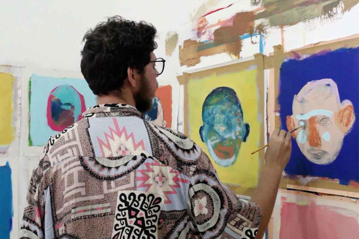Rodrigo Branco painting