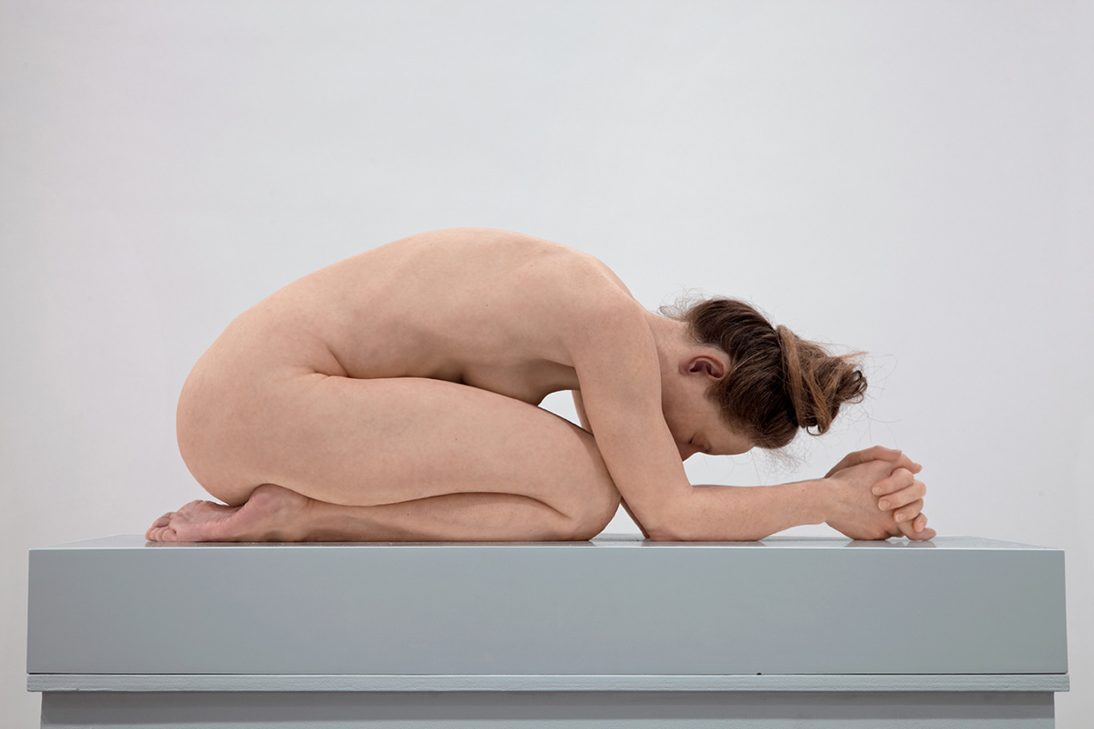 Sam Jinks - Untitled (Kneeling Woman), 2015