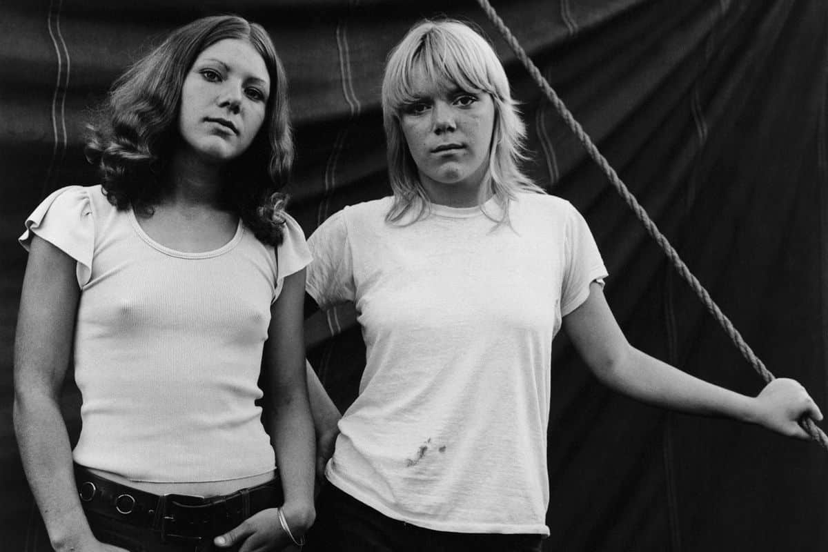 Susan Meiselas, Debbie and Renee, Rockland, Maine, 1972. From the series Carnival Strippers, 1972-1975 (detail)