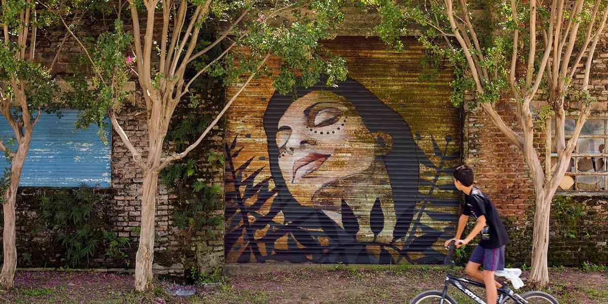 Artez - Decay, Portrait of Paola, Armstrong, Argentina, 2016, photo credits - artist