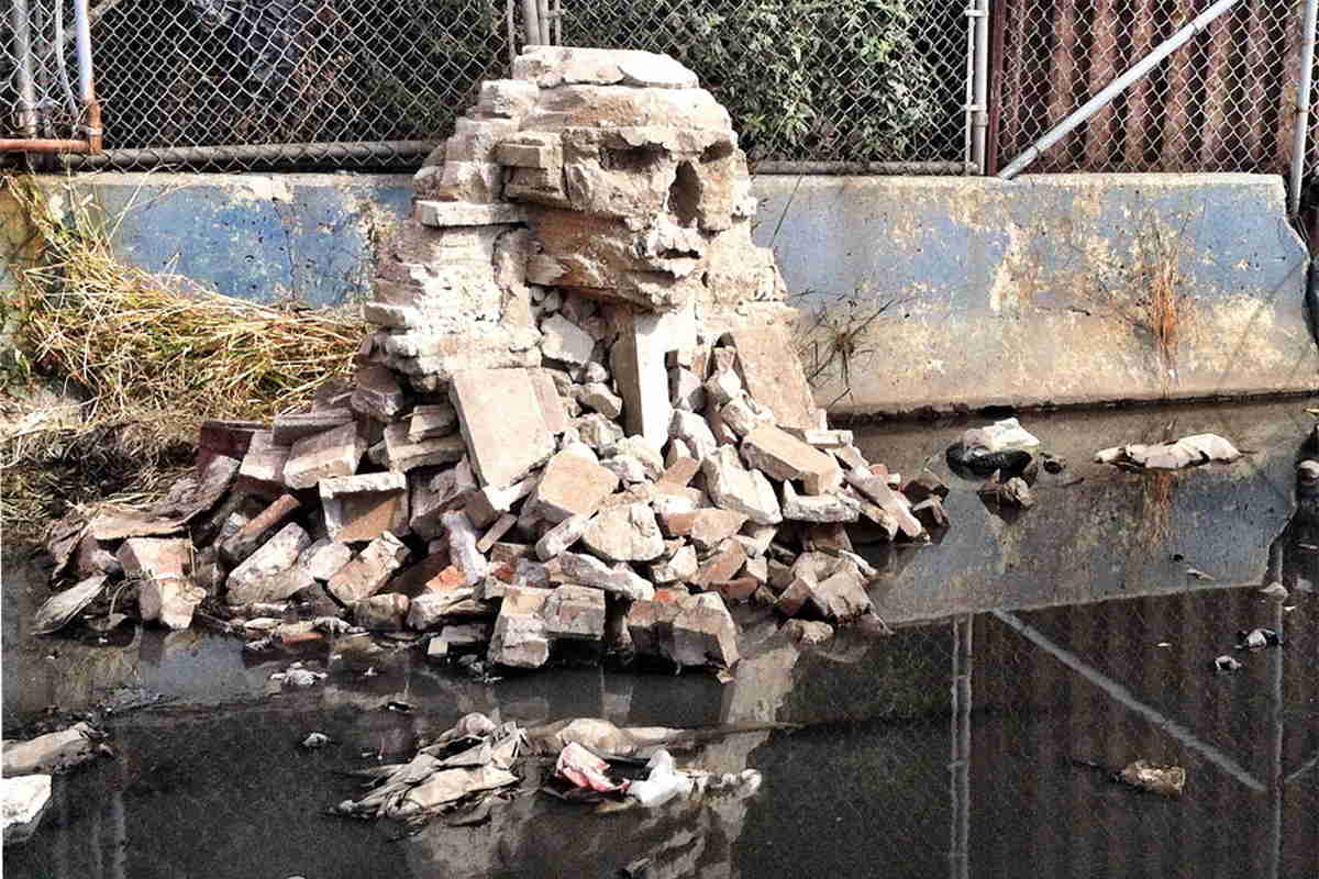 Banksy - Great Sphinx of Giza, Willetts Point, NY, 2013