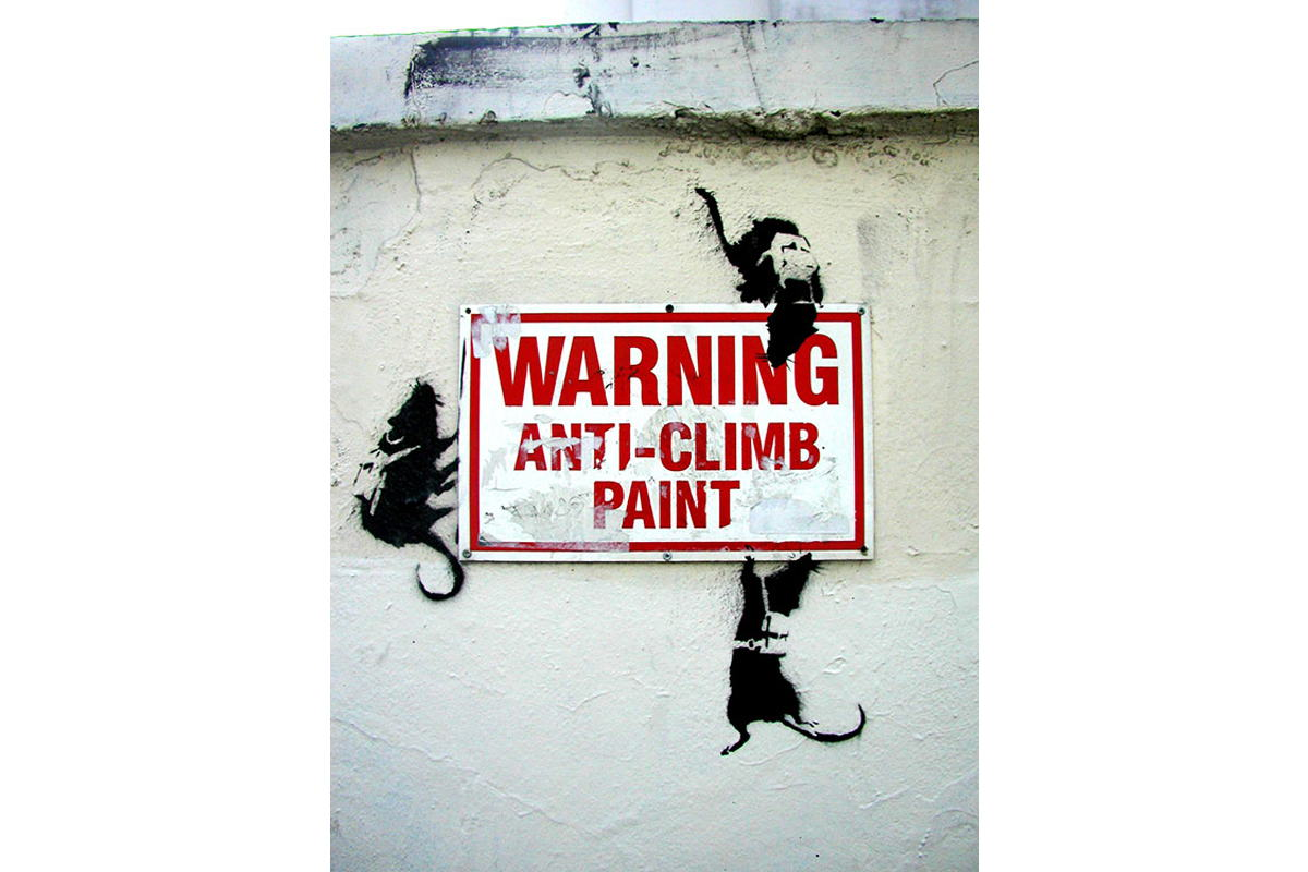 Banksy - Warning, Anti-Climb Paint, Berlin 2003
