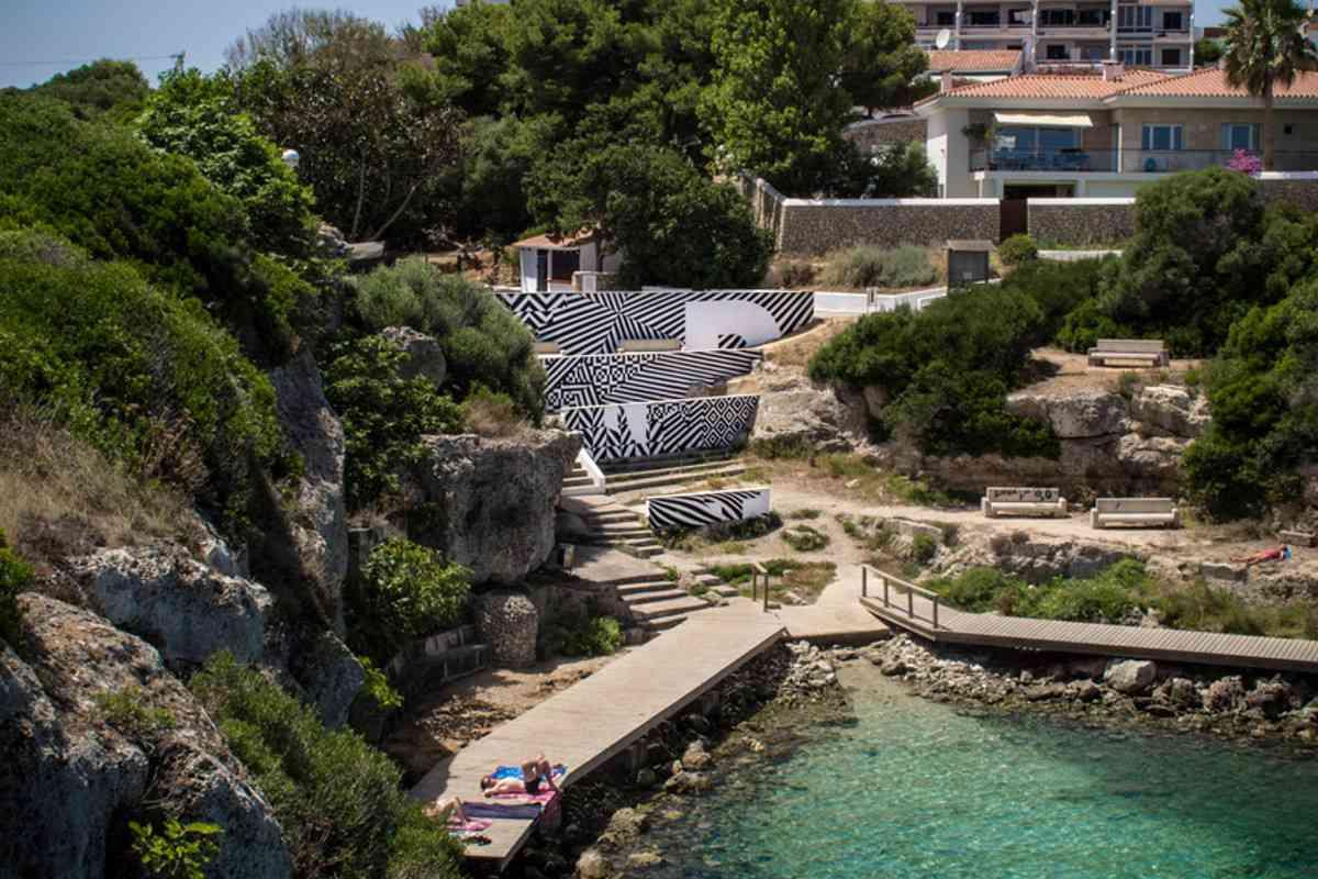 Felipe Pantone - KINETIC CONFRACTUS - Menorca, Spain - 2013