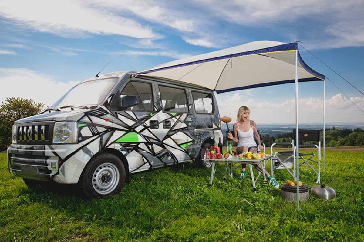 One Truth -  Chill Out, Custom Camper, 2012