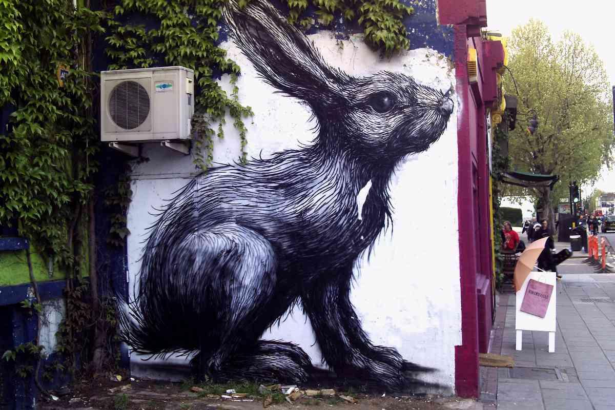 ROA - Giant Rabbit, London, 2010