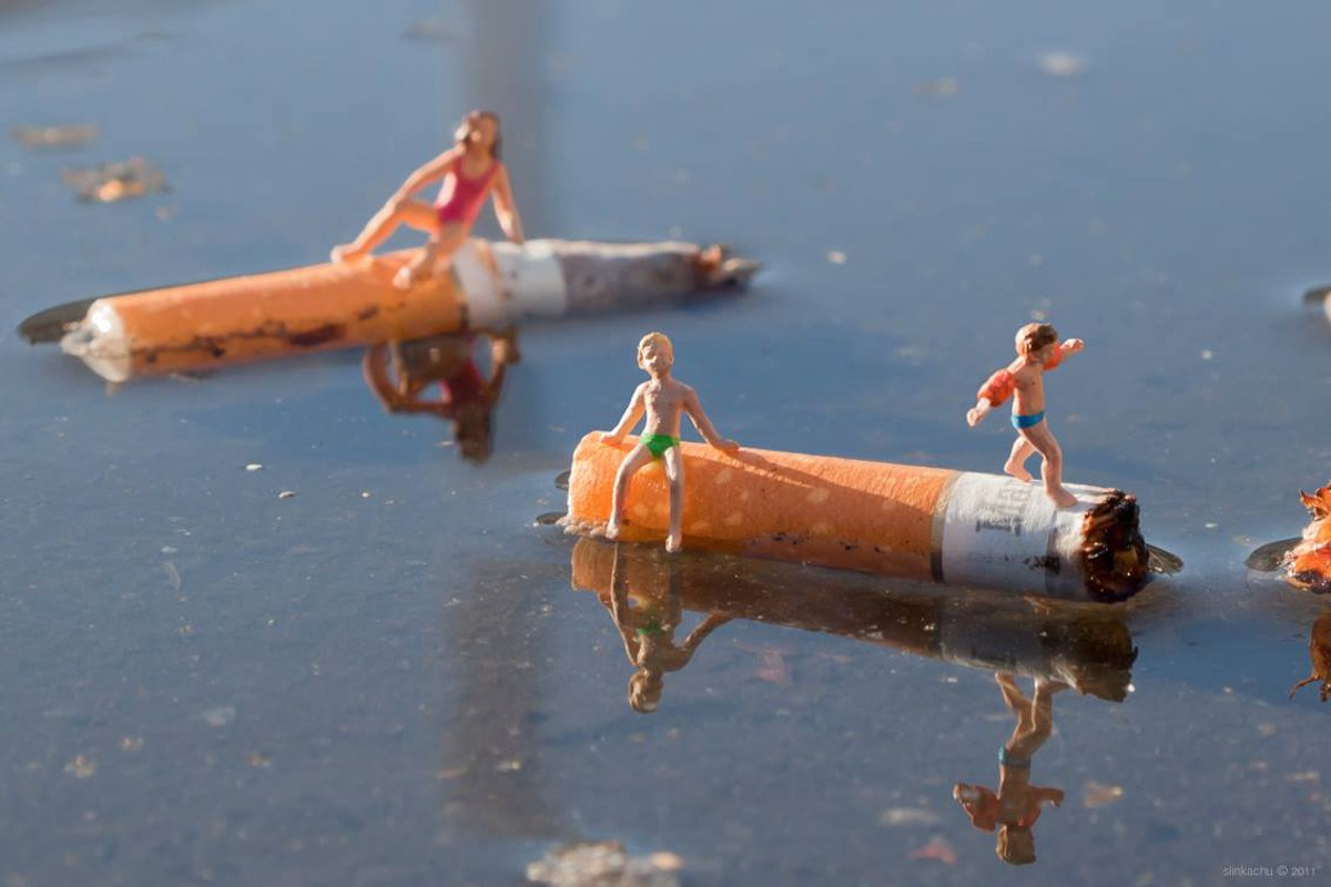 Slinkachu - Displeasure Beach - Woolwich, London, 2011
